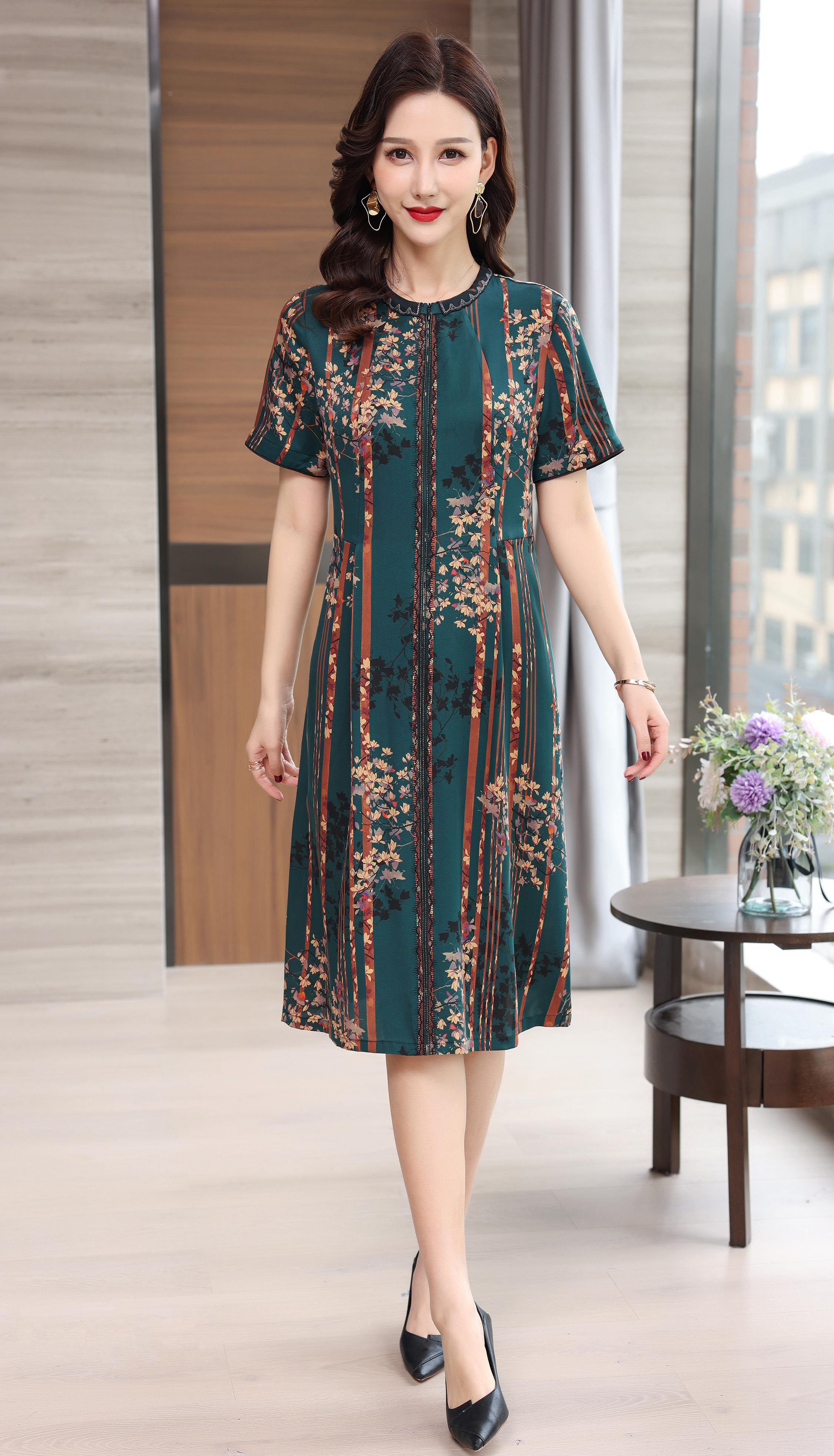 川美 桑蚕丝圆领拉链式连衣裙(短袖) 68888D 绿