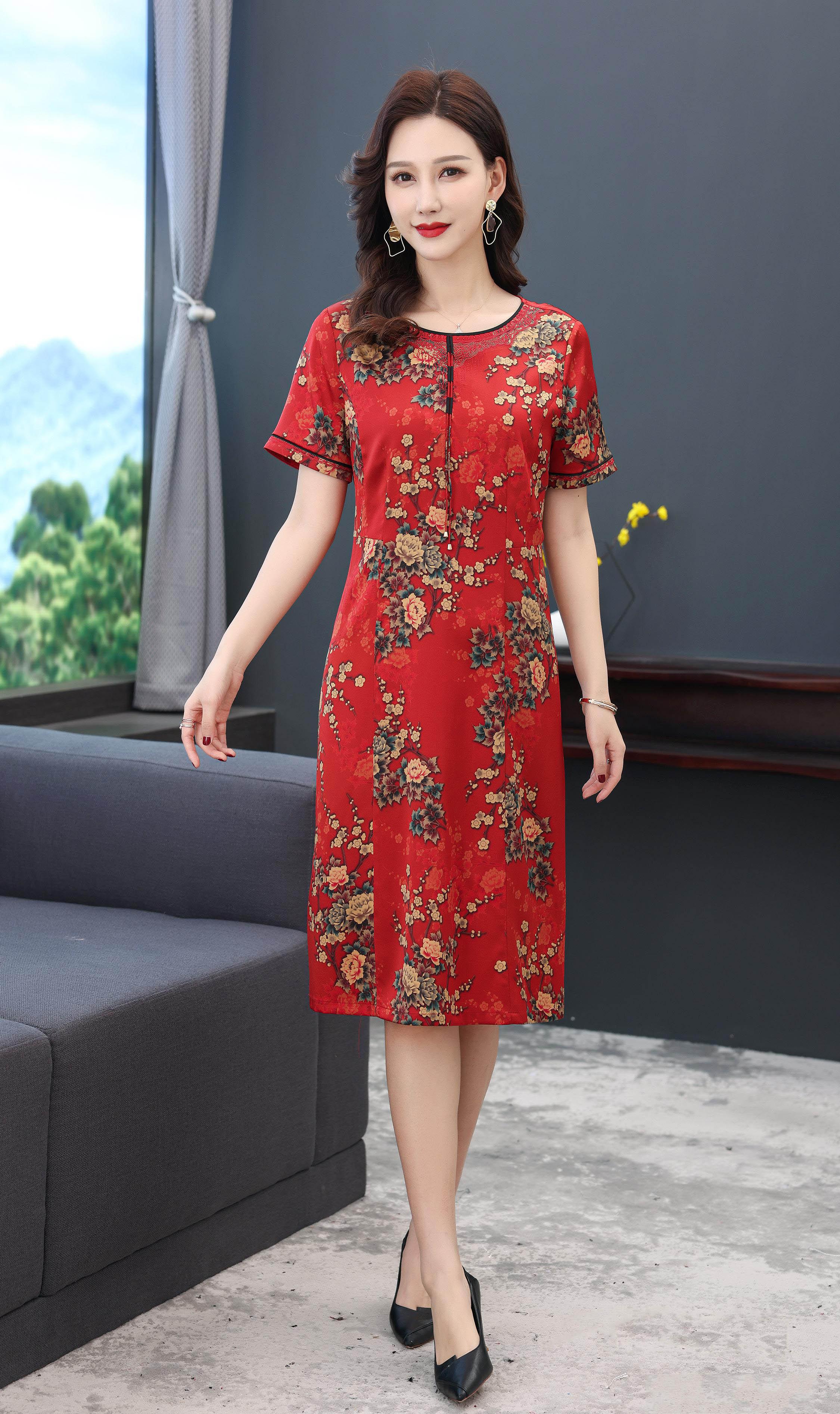 川美 桑蚕丝圆领气质连衣裙(短袖)  68891D 红